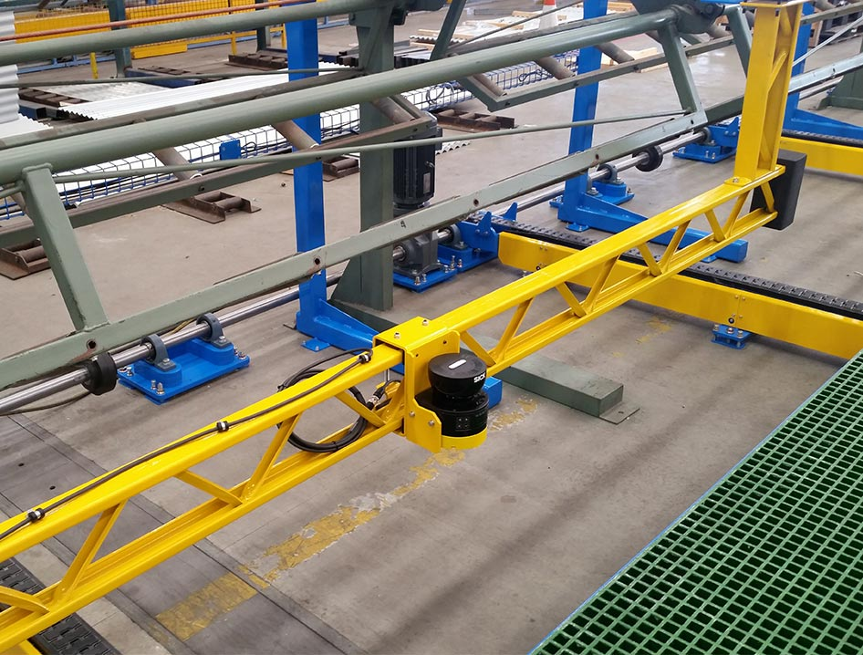 side shift conveyor installed to drop stacker